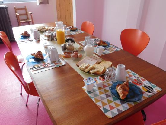 Vitry-sur-Seine, Γαλλία: breakfast feast