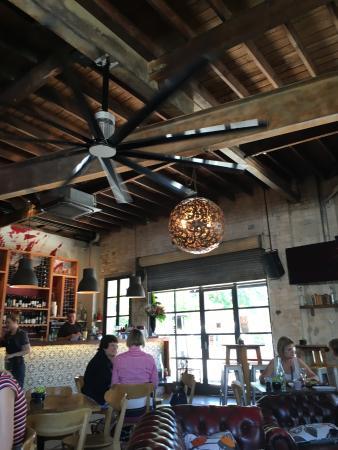 Kiplings Garage Bar Turramurra: Spacious and inventive