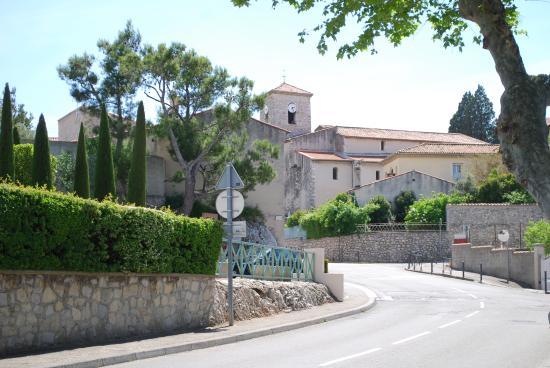 Eglise Saint-André, Bouc-Bel-Air (Bouches-du-Rhône), France.