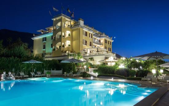 La medusa hotel boutiquespa castellammare di stabia for Boutique spa hotels uk