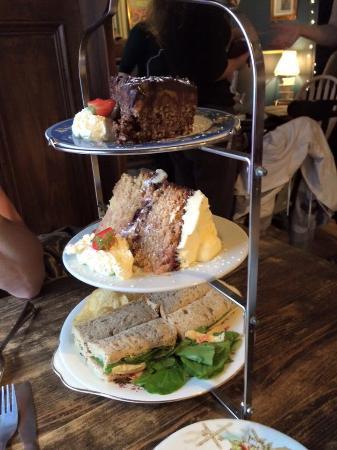 Toffee Crisp Cake Top Picture Of Biddy S Tea Room Norwich Tripadvisor