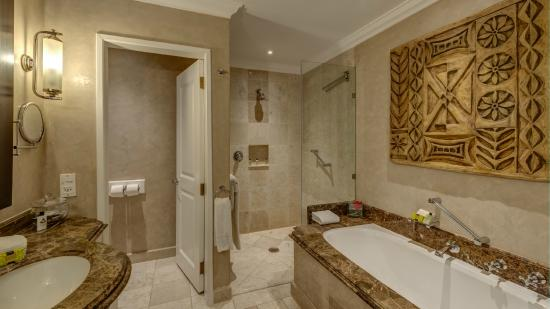 Kempton Park, Südafrika: Deluxe / Executive Bathroom 2