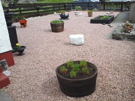 Kinlochbervie, UK: Front garden