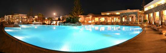 The Island Hotel : The Main Pool