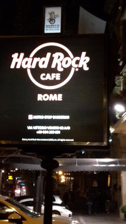 hard rock caf roma foto di hard rock cafe roma roma. Black Bedroom Furniture Sets. Home Design Ideas