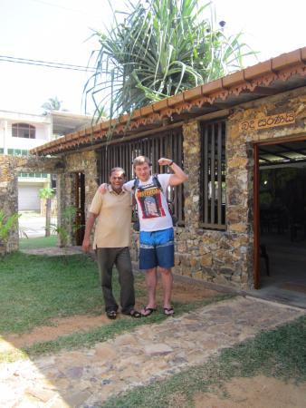 Beenath Guest House: Restauranat