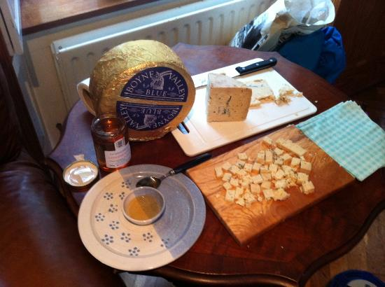 Drogheda, Irlanda: Local Blue Cheese