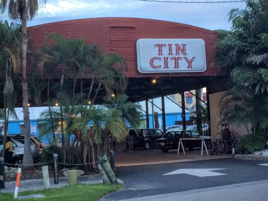 Tin City Naples Restaurant Reviews