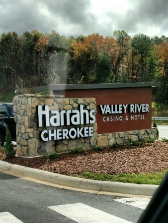 Harrah's casino cherokee nc hours of operation