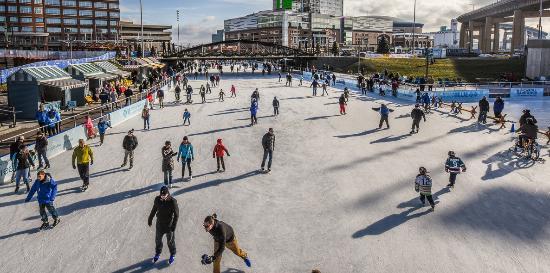 Buffalo, NY: Ice @ Canalside