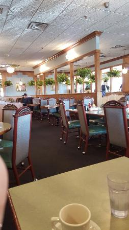 Pontiac, IL: Quaint diner with a hometown atmosphere