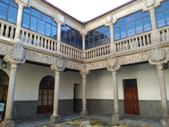 Palacio de Polentinos