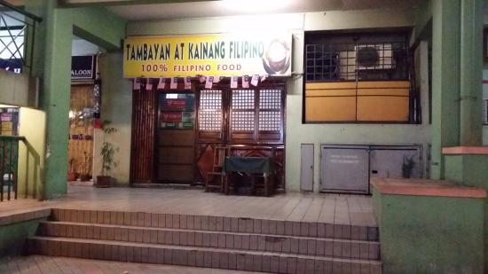 DeGalleria Hotel: Filipino Food!