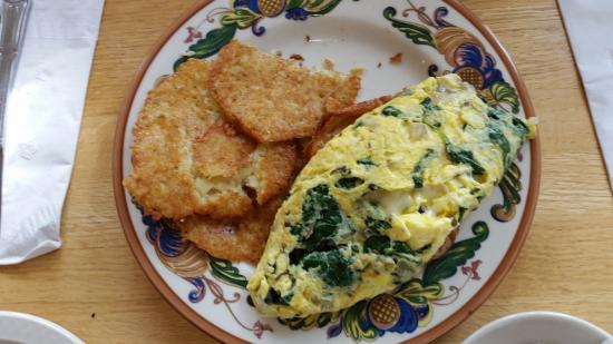 Silverdale, WA: Spinach, swiss cheese and tomato omelette with potato pancakes
