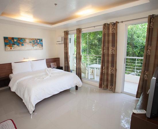 Boracay Travelodge Room Rates