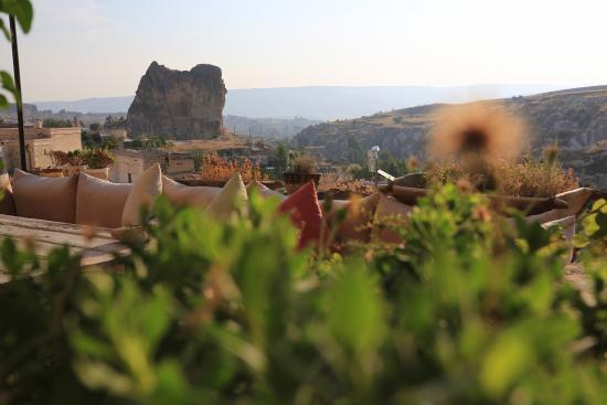 Anitya Cave House: Terrace