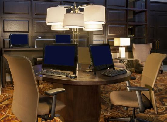 sheraton minneapolis west hotel updated 2017 prices. Black Bedroom Furniture Sets. Home Design Ideas