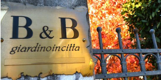 Giardino in Citta B&B: Un lussureggiante autunno!
