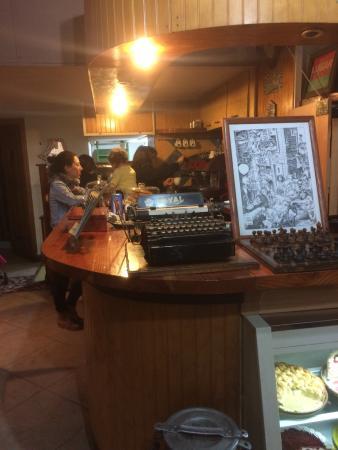 Subterraneo Cafe