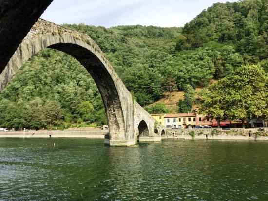Ghivizzano, Italia: Devil's Bridge, Bagni De Lucca