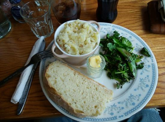 Lewiston, UK: Fish pie