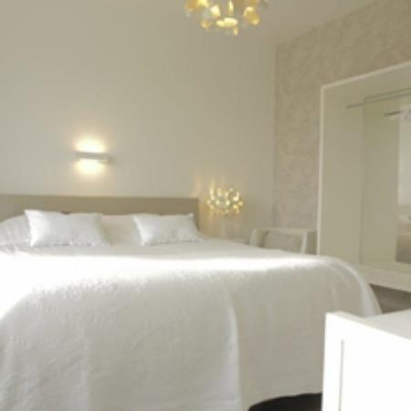 B&B Villa Tartine: Bed Basic Katoen