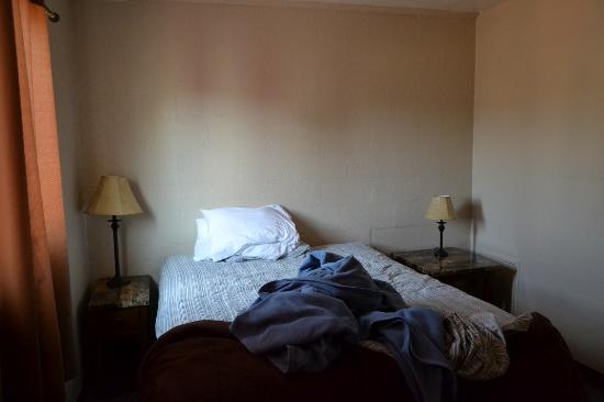 Red Rock Motel: Camera