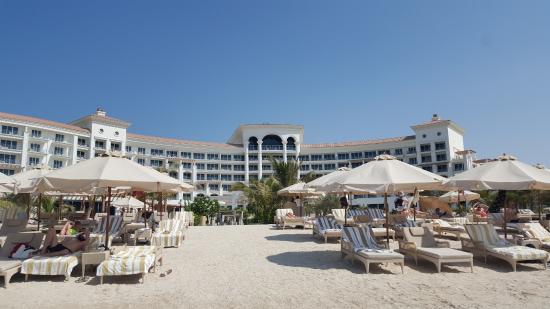 Strand Mit Blick Aufs Hotel Picture Of Waldorf Astoria Dubai Palm