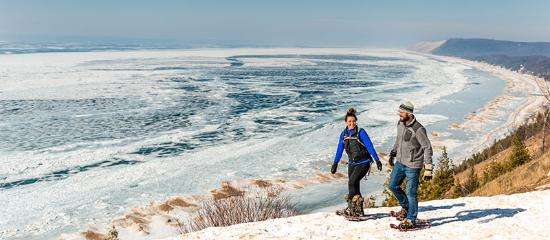 Traverse City, MI: Snowshoeing at Sleeping Bear Dunes
