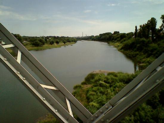 Karakum Footbridge