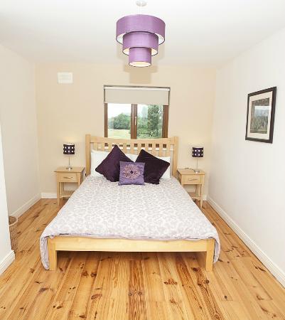Ardrahan, Irland: king bedroom