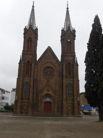 Vacaria, RS: vista da igreja