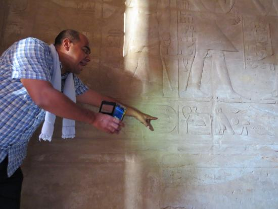 Sharm Solutions Day Tours : Ibrahim and the Cartouche of Alexander the Great