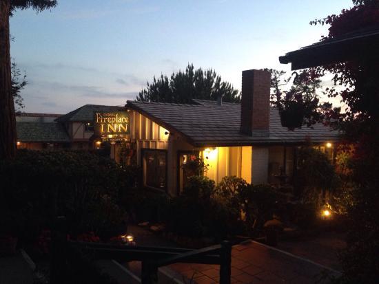 Carmel Fireplace Inn: the inn at dusk