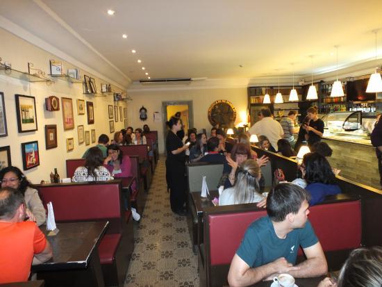 Cafe do Cofre : Lugar aconchegante, mas geralmente está cheio e os preços não são bons.