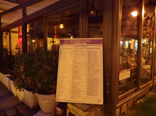 Men all 39 esterno del ristorante foto di la piazzetta for L esterno del ristorante cruciverba