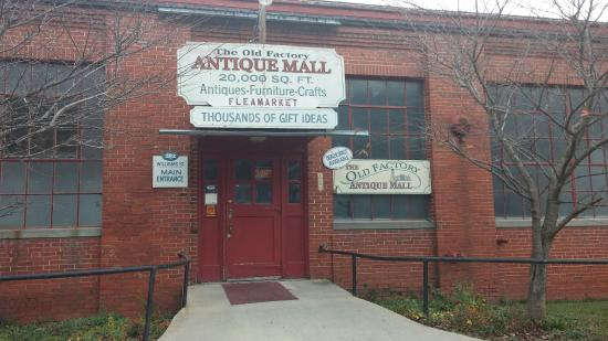 ‪Old Factory Antique Mall‬