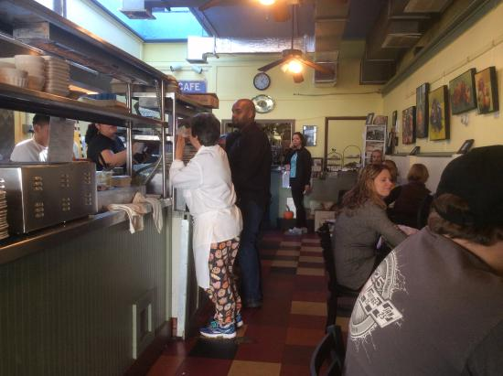 Hudson Street Cafe: Inside