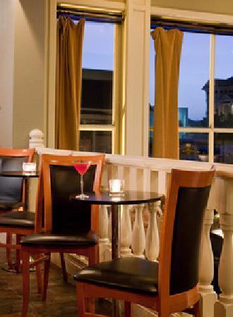 Restaurant 301: Intimate Perfection~