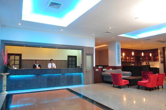 The Euro Grande Hotel: Lobby New