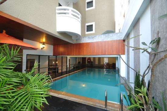 The Euro Grande Hotel: Swimming Pool New