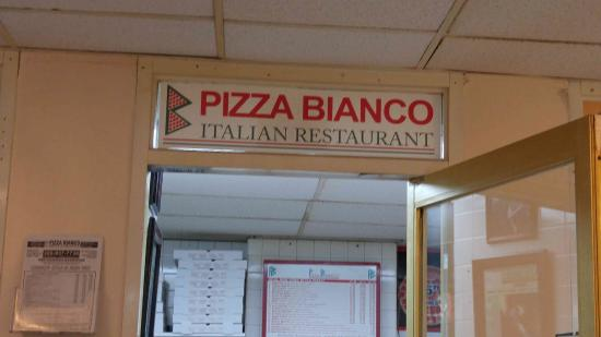 "Sunny Isles Beach, FL: ""My favorite pizza comes from this store"""