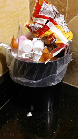 Holiday Inn Express & Suites Atlanta East-Lithonia: 20151107_233504_large.jpg
