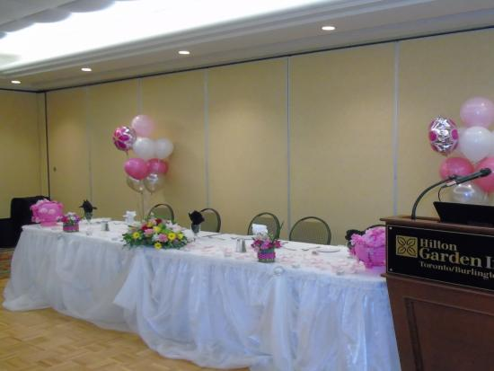 Hilton Garden Inn Toronto / Burlington: head table
