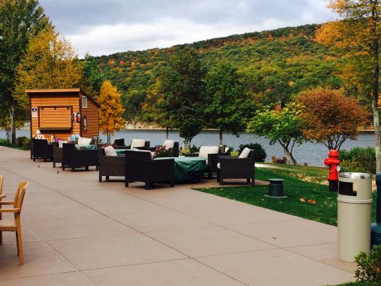 Rocky Gap Resort Patio Outside Signatures Sports Bar
