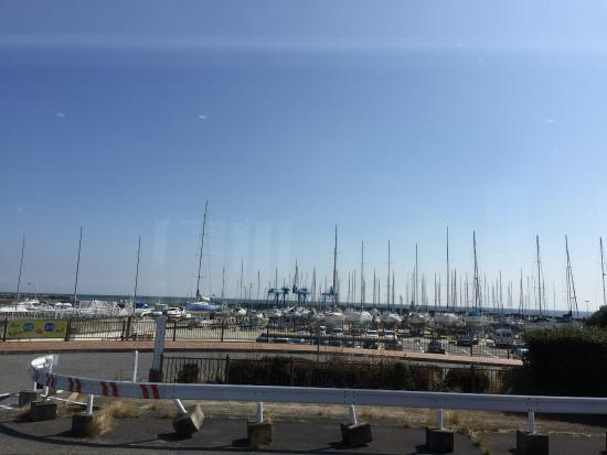 Tsu Yacht Harbor: 天気の日は最高