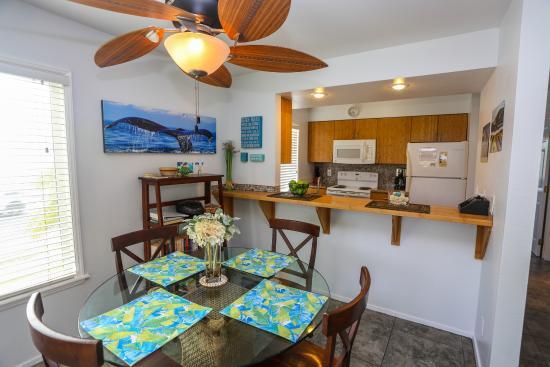 Sunny Maui Vacations: Kihei Bay Vista