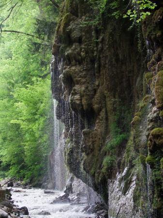 Ayancik, Turkiet: kanyon yağmur şelalesi