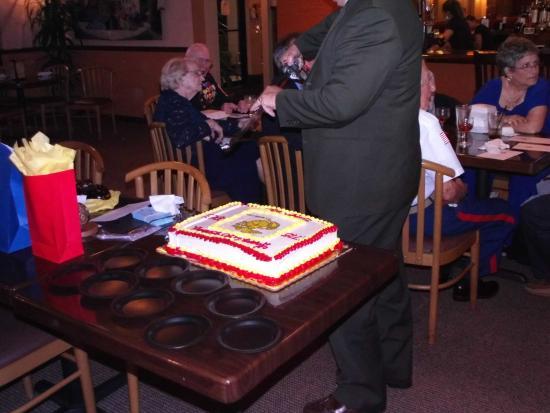 Summerfield, Flórida: Marine Corps Ball Cake