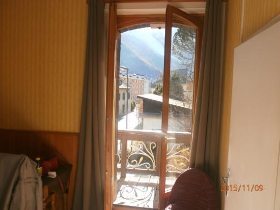 Hotel L'aiguille Verte: Vue sur le glacier des Bossons